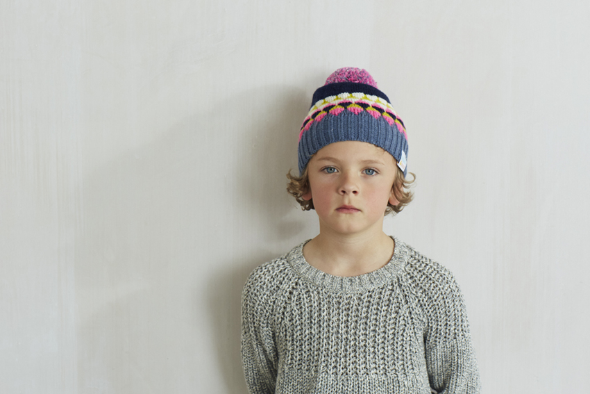 julia-bostock-kids-photographer-london blue cap boy, gorro, sweater, jersey, kid, a child