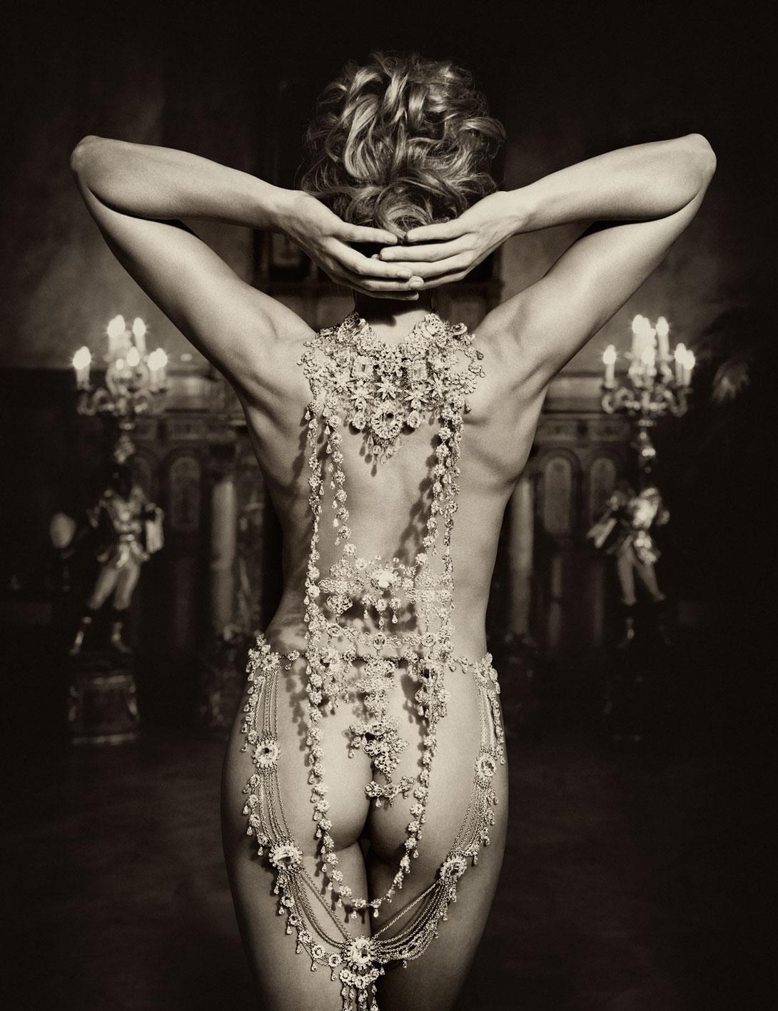Millionaire-Woman-by-Marc-Lagrange