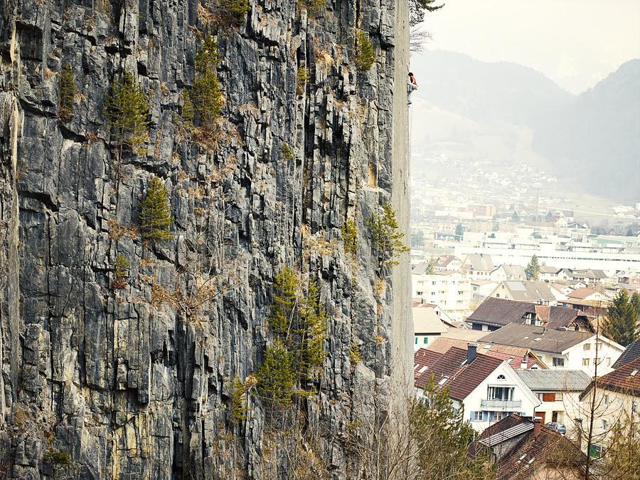 Fabian Buhl, 3rd Asdcent, 2.März 2014, Prinzip Hoffnung 8b/8b+, Trad Climbing, Bürs, Austria