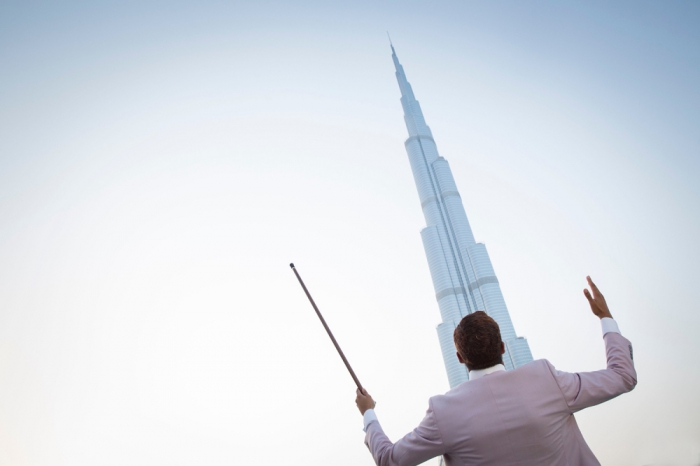 jidenna-in-dubai-at-the-burj-khalifa-photographed-by-magnet-photographer-celia-peterson.jpg