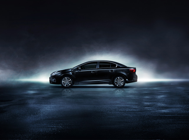 Campaign: Toyota Avensis gallery