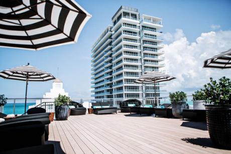 Hotel Croydon From Miami Production