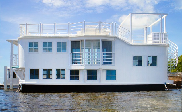 NEW: Houseboat gallery
