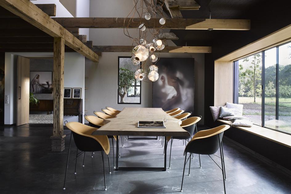 Alexander van berge interiors exteriors and resort for Eigen huis interieur abonnement