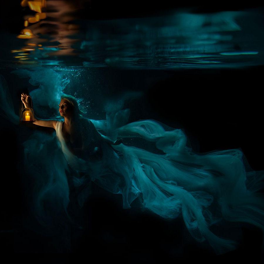 Jenn Bischof - Underwater Photography + Motion Spotlight Mar 2017 magazine - Production Paradise