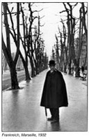 Photographer: Henri Cartier-Bresson gallery