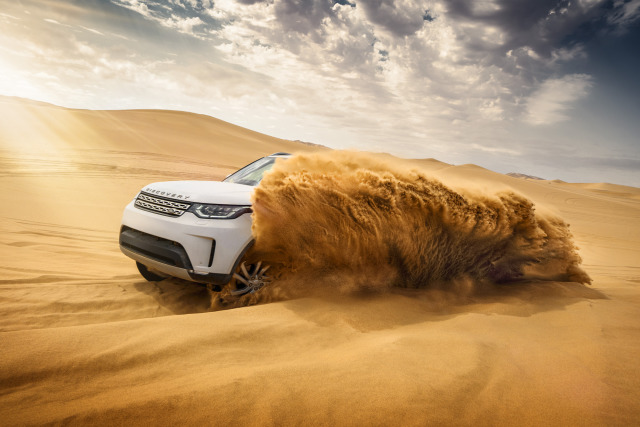 Namibia Land Rover Discovery 2018 gallery