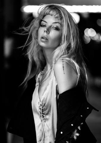 Model: Shay Jay gallery