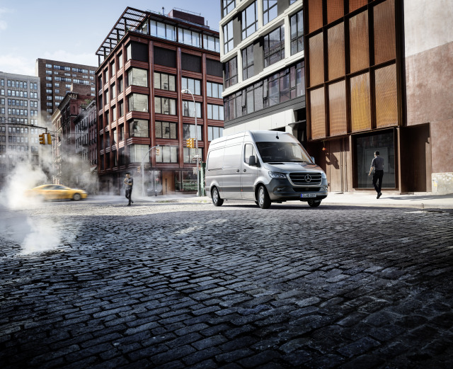 Client: Mercedes-Benz Sprinter gallery
