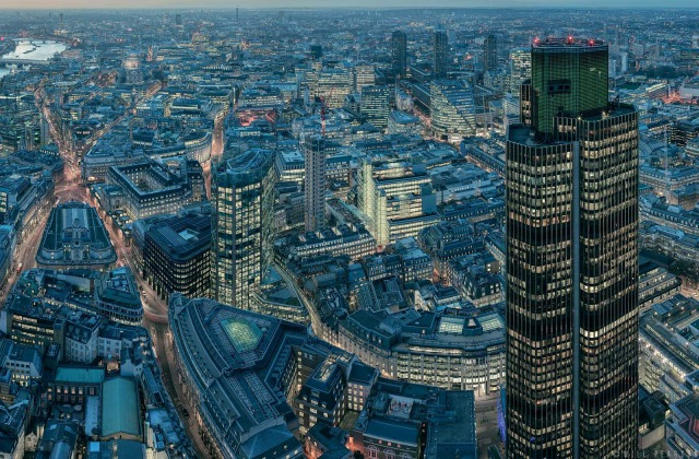 Crop taken from gigapixel cityscape 'London from the Leadenhall' gallery