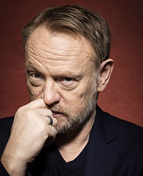 UK Showcase 777 Cover by David Leve for The Guardian feat. Jared Harris