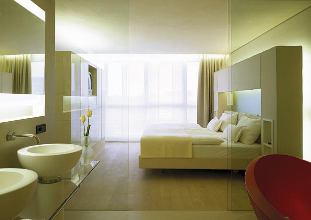 side hotel hamburg munich issue 50 showcase jun 2006 magazine production paradise. Black Bedroom Furniture Sets. Home Design Ideas