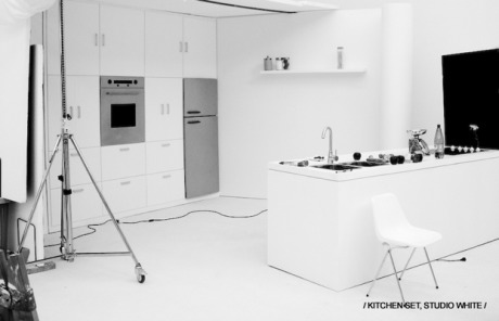 Kitchen-Set, White Studio  gallery