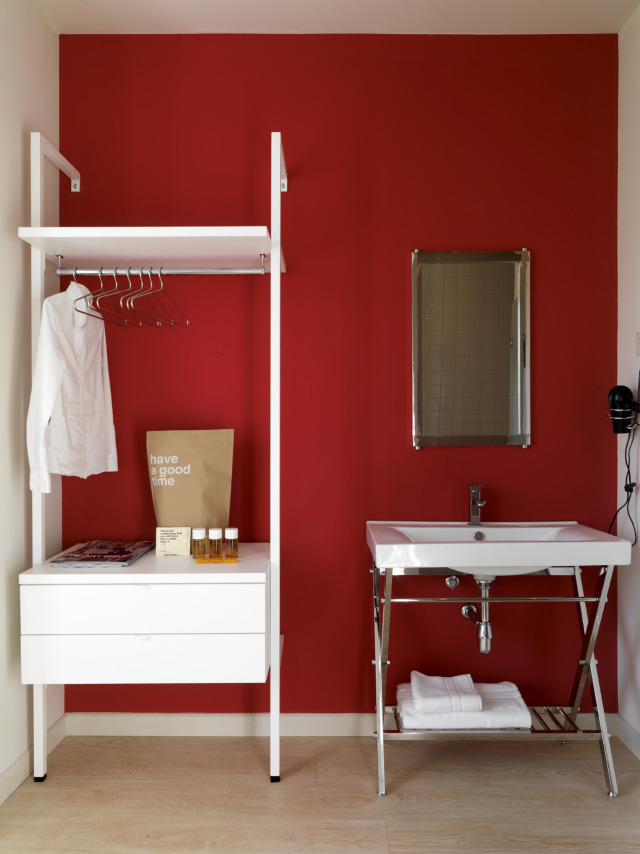 Red bedroom gallery