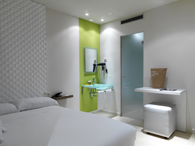 Green bedroom gallery