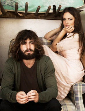 Photo: Angus & Julia Stone by Henryk Lobaczewski gallery