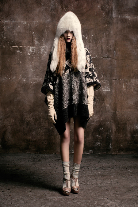 Client: Van-Dos Autumn-Winter 2012 / 13    gallery