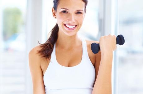 Можно ли увеличить грудь при помощи диеты и упражнений?