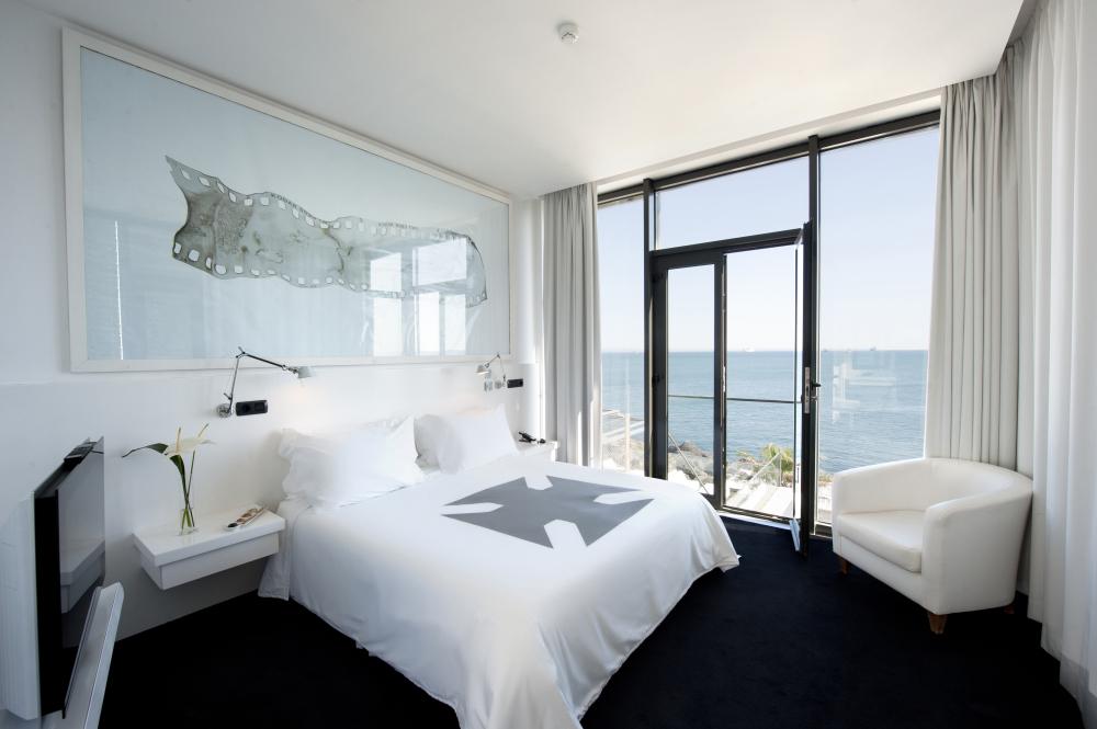 Farol design hotel lisbon issue 384 showcase dec 2012 for Design hotel lisbonne
