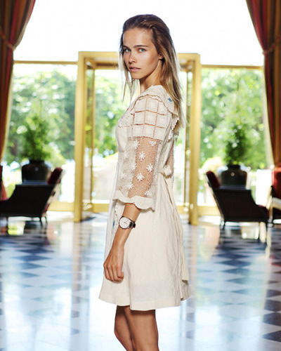 Actress Isabel Lucas for Schweizer Illustrierte gallery