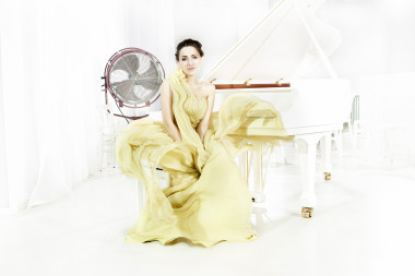 Concert pianist Dudana Mazmanishvili for Bechstein gallery