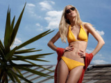 LINGERIE & BEACHWEAR PHOTOGRAPHY