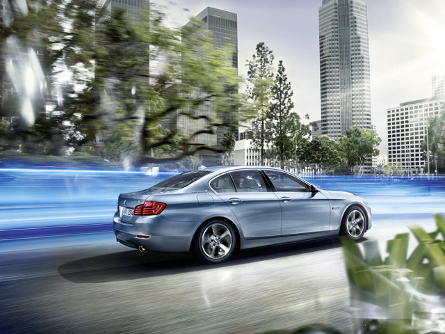 BMW ActiveHybrid5, Launch 2013, International Artwork gallery