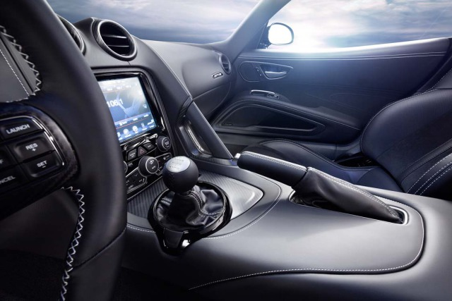 2014 Viper SRT - interior gallery