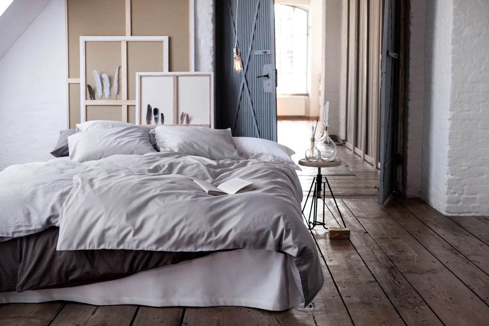 bigshrimp photo production spotlight nov 2014 magazine. Black Bedroom Furniture Sets. Home Design Ideas