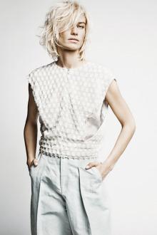 mr. blonde (boutique retouching studio)